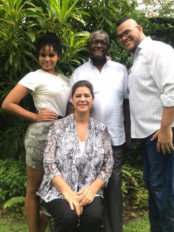 Centro Familiar Cristiano Panamá - Familia Pastoral